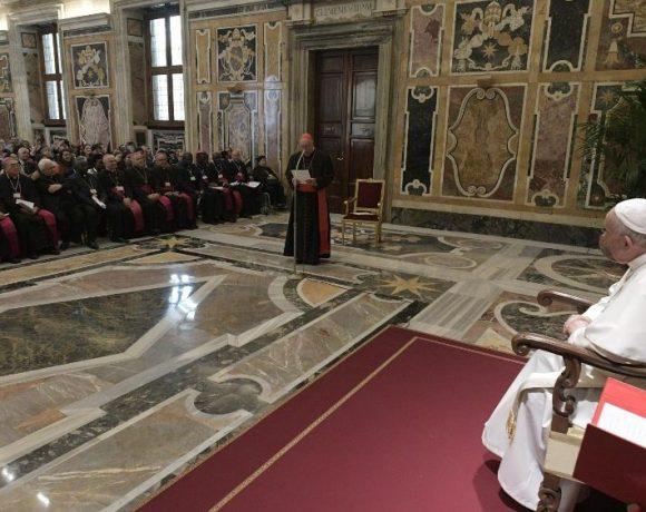 Папа: «Ні!» пренатальній діагностиці з метою аборту